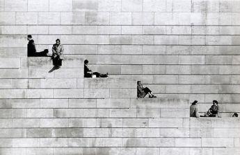 Robert Doisneau, La diagonale des marches Paris, 1953