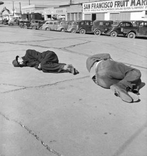 "Dorothea Lange, Scene along ""Skid Row."" Howard Street, San Francisco, California, 1937"