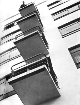 László Moholy-Nagy, Bauhaus balconies, Dessau, 1925-28