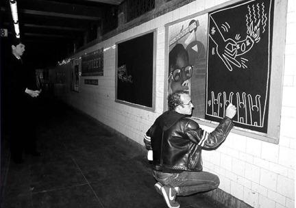 keith-haring-subway-drawings-3