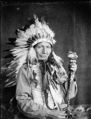 red-horn-bull-a-sioux-indian-from-buffalo-bills-wild-west-show-e1400526391859