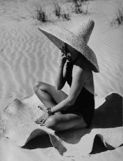 fernand_fonssagrives_mexico_extravaganza_1949