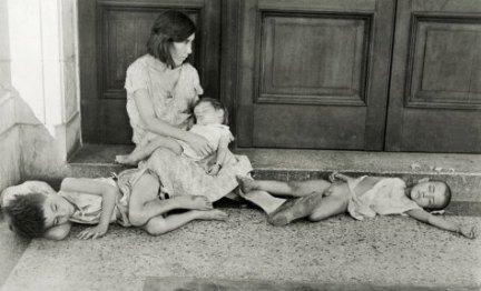 Familia cubana sin hogar, Walker Evans, 1933