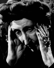 s-dame-edith-sitwell-nyc648141