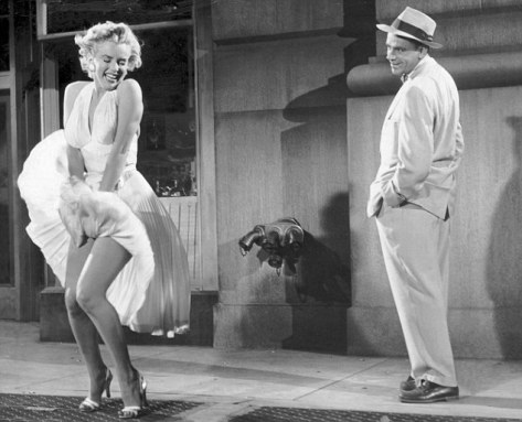 """1955 FILM : """"SEVEN YEAR ITCH"""" MARILYN MONROE AND TOM EWELL"""
